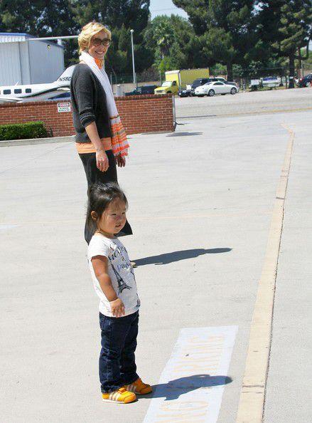 Кэтрин Хайгл с дочерью в Бербанке