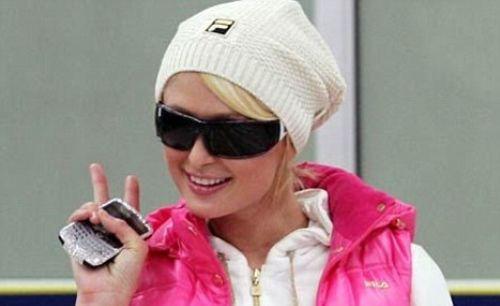 Пэрис Хилтон потеряла свой BlackBerry