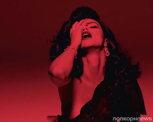 Фото: Адриана Лима в образе женщины-вамп для Love Magazine