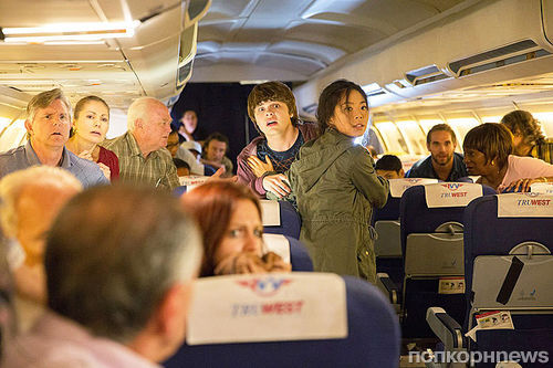 Специальный выпуск «Бойся ходячих мертвецов» в самолете: фото и детали сюжета