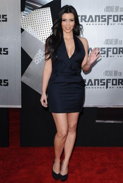 Ким Кардашян продает свой гардероб