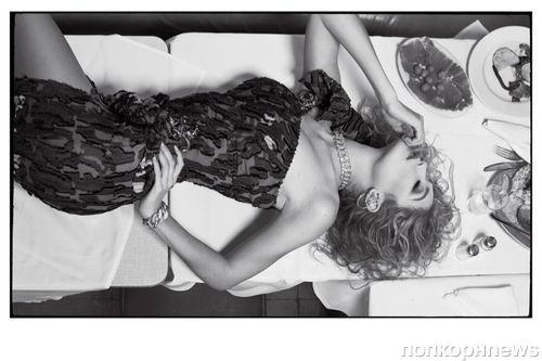 Фото: Джиджи Хадид в роскошном фотосете CR Fashion Book