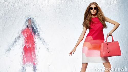 Джоан Смоллс в рекламной кампании Fendi. Весна / лето 2014
