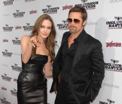 """Анджелина Джоли и Брэд Питт не появятся на """"Золотом Глобусе"""""""