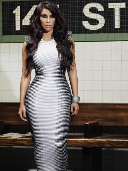 Ким Кардашиан в рекламе своего нового шоу