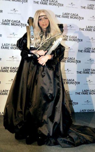 Очередное безумие Lady Gaga