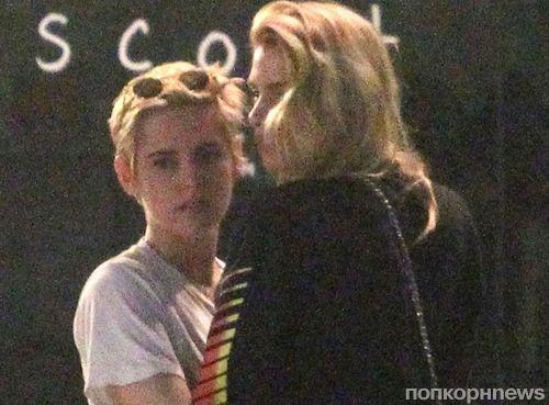 Кристен Стюарт и Стеллу Максвелл застали за поцелуями в Лос-Анджелесе (фото)