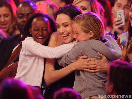 Анджелина Джоли и Брэд Питт усыновят седьмого ребенка из Сирии