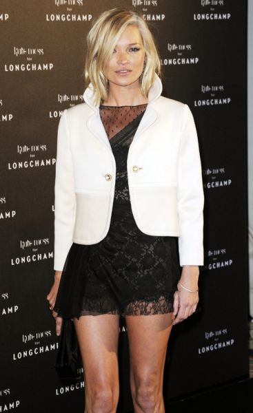 Кейт Мосс на презентации сумок Longchamp. Париж, 27 января.