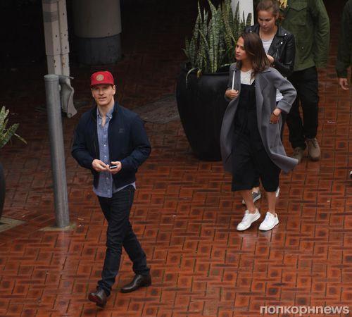 Майкл Фассбендер и Алисия Викандер отдыхают в Сиднее