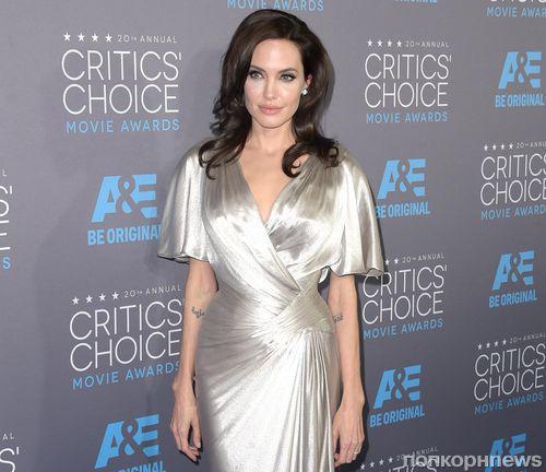 Анджелина Джоли о своей операции: «Преодолевая трудности, мы становимся сильнее»