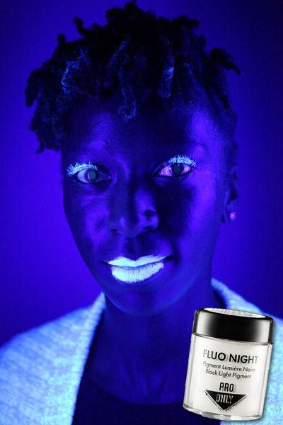 Светящийся макияж