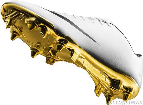 Nike выпустили бутсу с золотой подошвой, чтобы отметить хорошую игру Криштиану Роналду