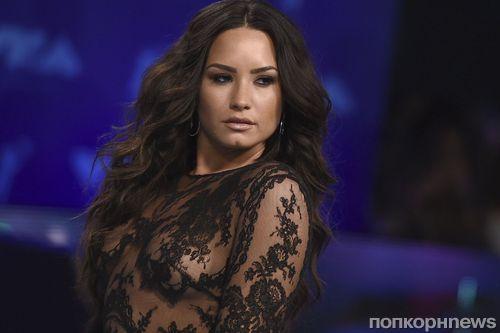 Звезды на MTV Video Music Awards 2017: фото репортаж с красной дорожки