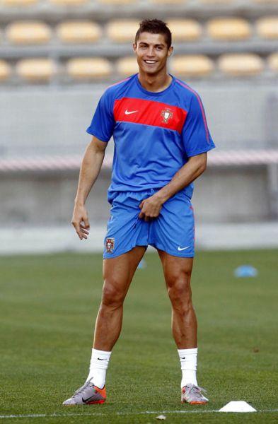 mamochka-i-futbolist