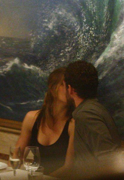 Джастин Тимберлейк и Джессика Бил слишком влюблены