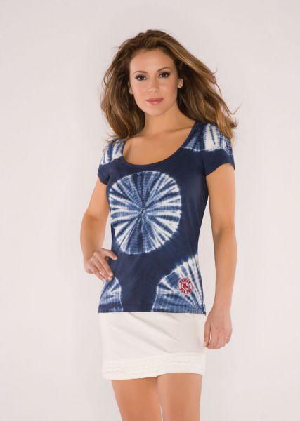 Алисса Милано представила свою новую линию одежды 2010