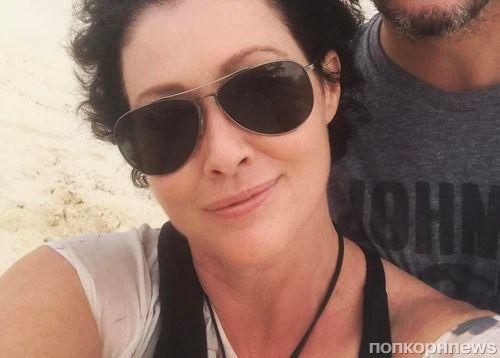 Шэннен Доэрти отращивает волосы после ремиссии рака