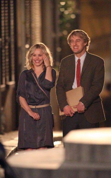 """Оуэн Уилсон и Рэйчел МакАдамс на съемках фильма """"Полночь в Париже"""""""