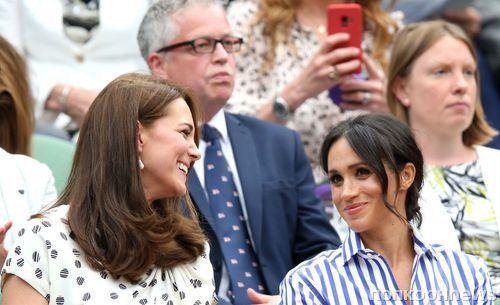 Отец Меган Маркл полагает, что актриса несчастна в браке с принцем Гарри