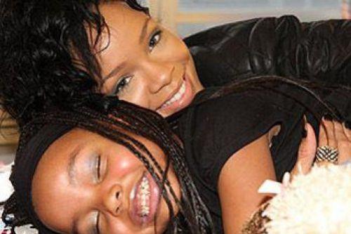 Юная фанатка Рианны, болеющая лейкемией, умерла