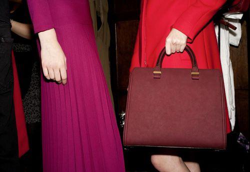 Новая коллекция сумок от Виктории Бэкхем