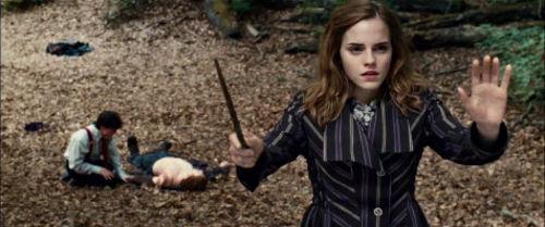 Эмма Уотсон о своих синяках и ссадинах, полученных во время съемок Гарри Поттера