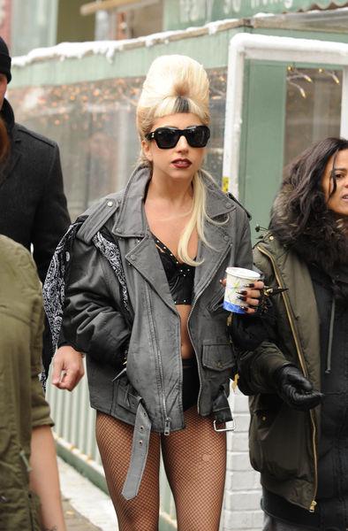 Lady GaGa не страшны морозы