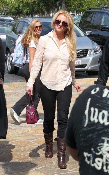 """Бритни Спирс в предвкушении выхода эпизода """"Хора / Glee"""" с ее участием"""