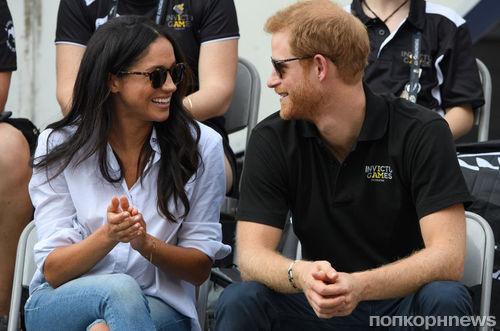Меган Маркл и принц Гарри официально помолвлены