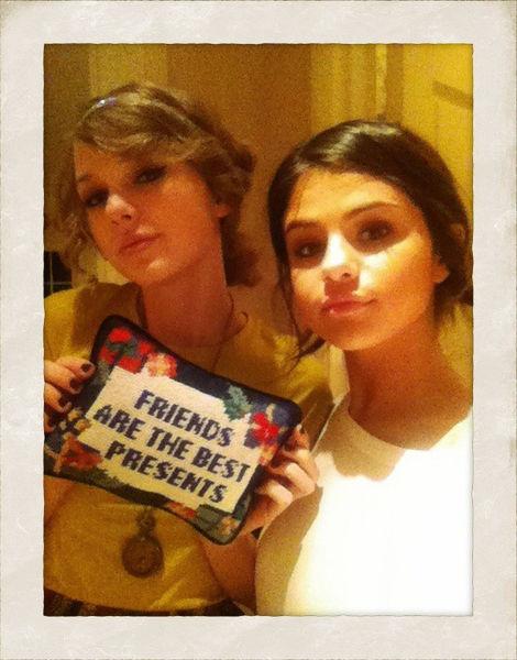 Лучшие подружки: Селина Гомес и Тэйлор Свифт