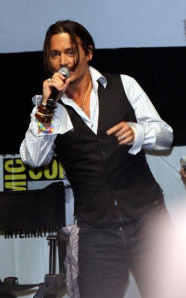 Внезапное появление Джонни Деппа на Comic-Con. Видео