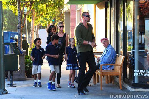 Хайди Клум гуляет с детьми и новым бойфрендом