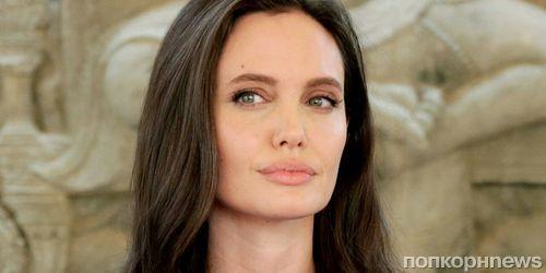Таблоиды снова выдают замуж Анджелину Джоли