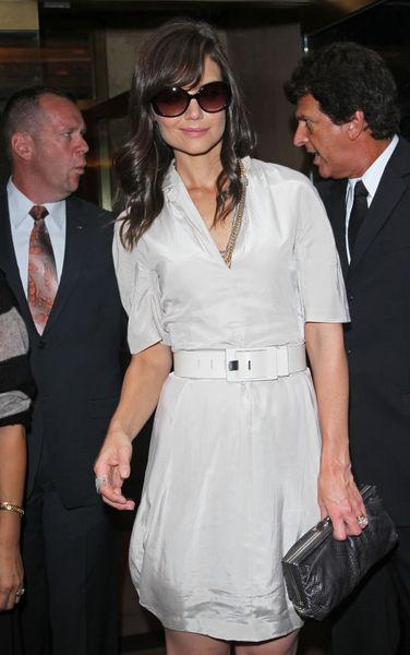 Кэти Холмс на показе  Calvin Klein Women Весна 2011
