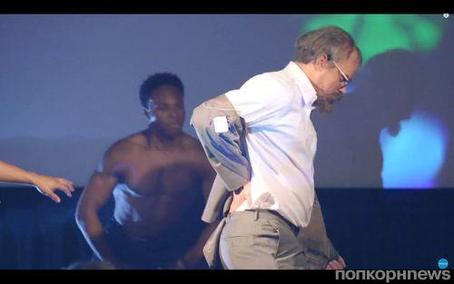 Ченнинг Татум разыграл поклонников на специальном показе фильма «Супер Майк XXL»