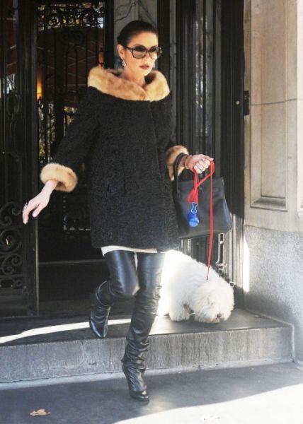 Кэтрин Зета-Джонс дебютирует на Бродвее