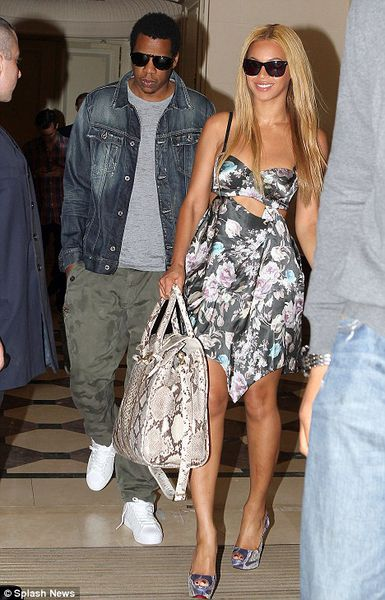 Бейонсе и Jay-Z  в Париже