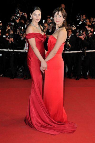 Моника Беллуччи и Софи Марсо на каннском кинофестивале