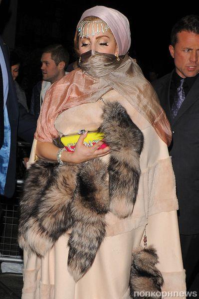Lady GaGa вызвала гнев мусульман и защитников животных