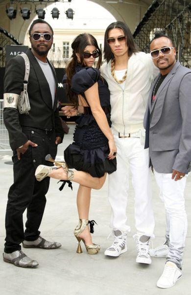 Black Eyed Peas любит марку Louis Vuitton