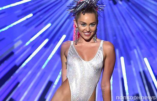 MTV просит Леди Гага и Бритни Спирс выступить на VMA-2016 после провала прошлогодней церемонии с Майли Сайрус