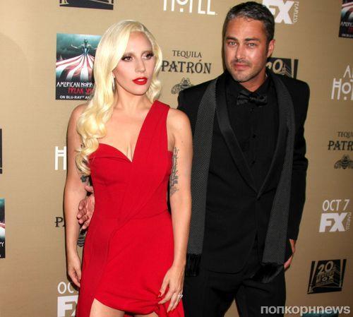 Тейлор Кинни надеется, что Леди Гага родит ему «целую футбольную команду»