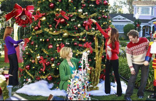 """Рождественнские промо-фото нового сезона """"Отчаянных домохозяек"""""""