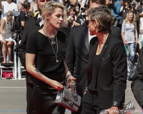Кристен Стюарт появилась на каннской премьере фильма «Американский мед» с бывшей девушкой