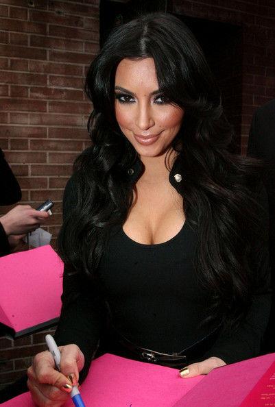 Ким Кардашиан: моя грудь настоящая