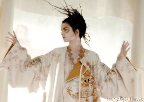 Кендалл Дженнер примерила образы haute couture в новом фотосете для V Magazine