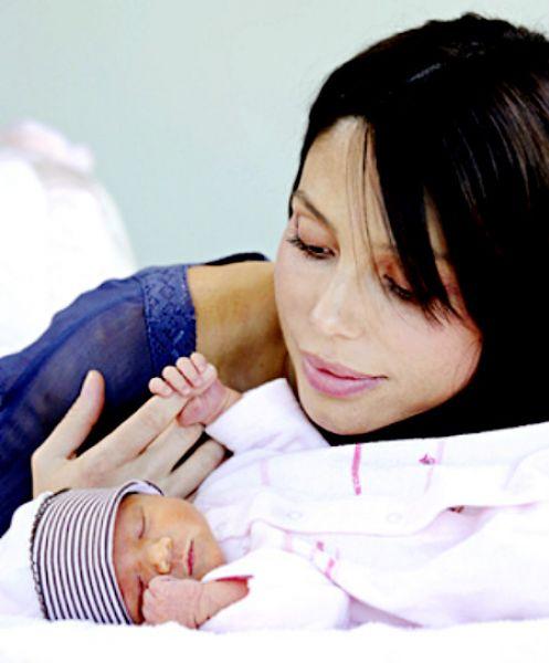 Первое фото новорожденной дочери Мела Гибсона