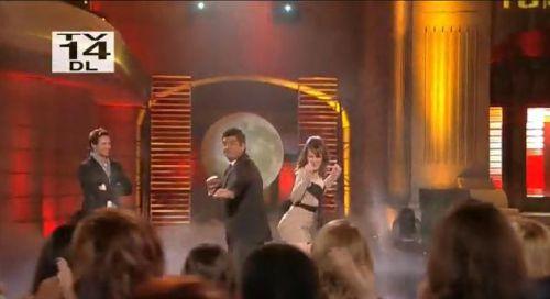 Питер Фачинелли и Элизабет Ризер на шоу Lopez tonight