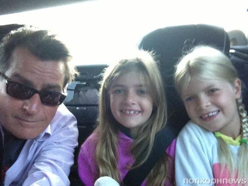 Звезда в Твиттере: Звездные няньки Пэрис Хилтон и Николь Шерзингер